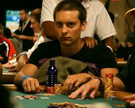 Tobey-Maguire-Poker.jpg